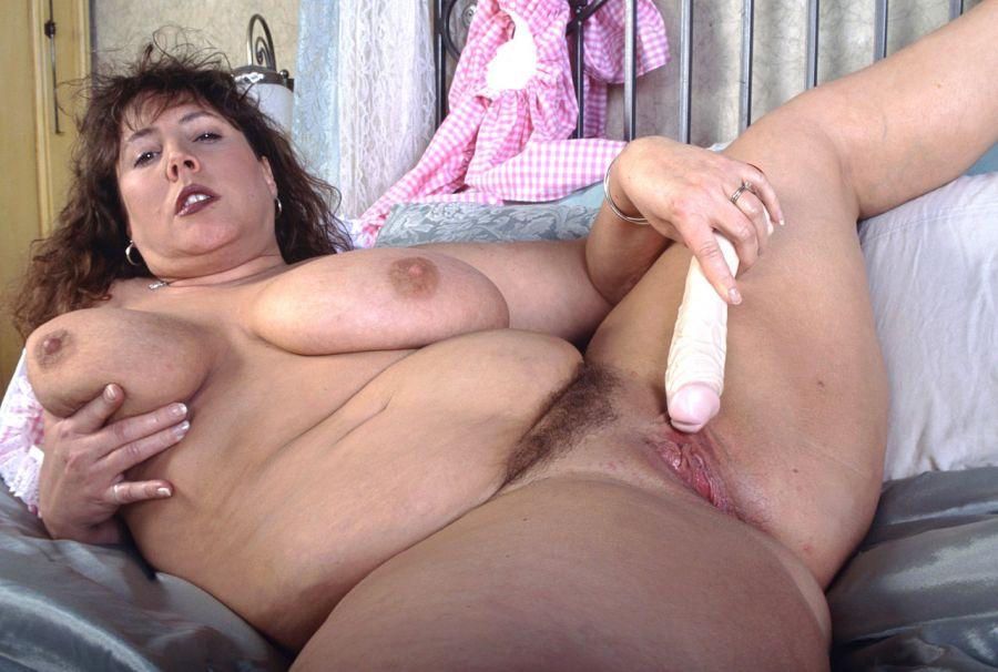 Grosse femme poilue
