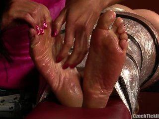 best of Tickle krystal
