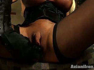 white booty twerking dick