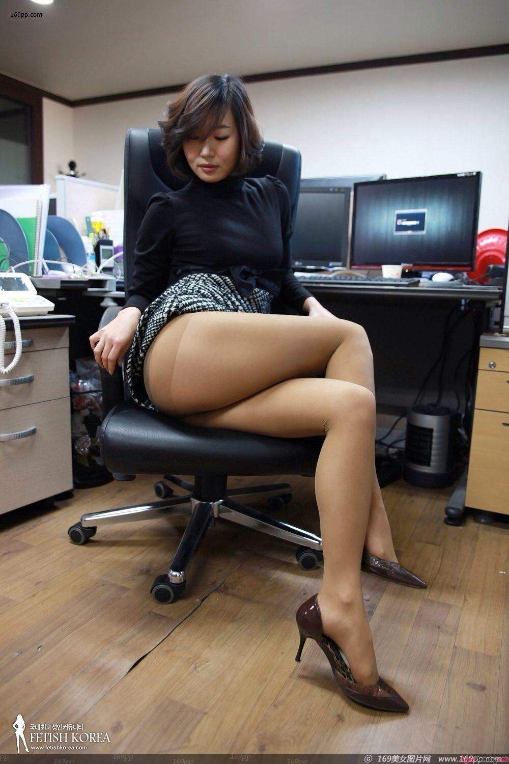Prawn reccomend Asian milf office