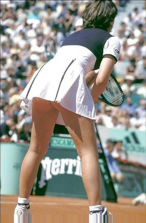 Tennis upskirt photos