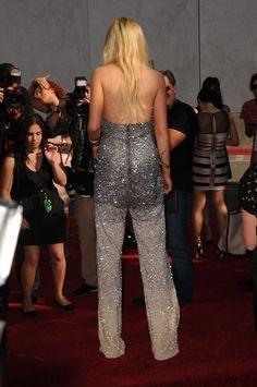 Lindsay lohan upskirt at movie awards