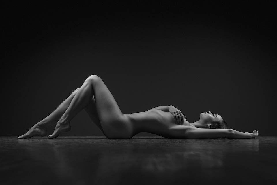 B W Nude Art Photography Woman BrdTeenGal 1