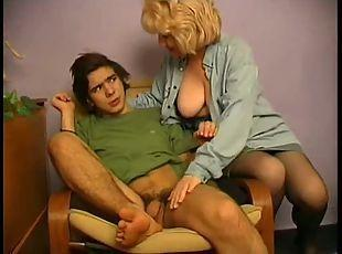 Mom masturbate boy tube