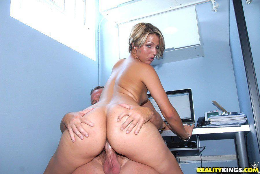 hunter amateur xxx