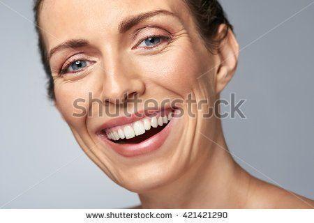 Free mature female facial photo galleries