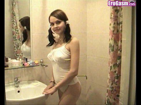 Teflon reccomend Gorgeous girl shows tits