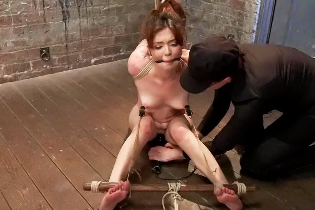 Women wanting bondage sex