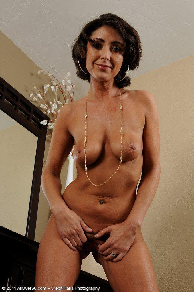 Nude latina ass amateur