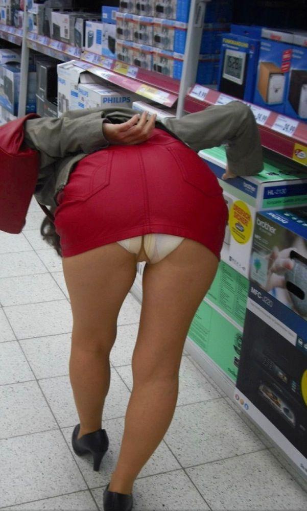 Wearing pantyhose diapers