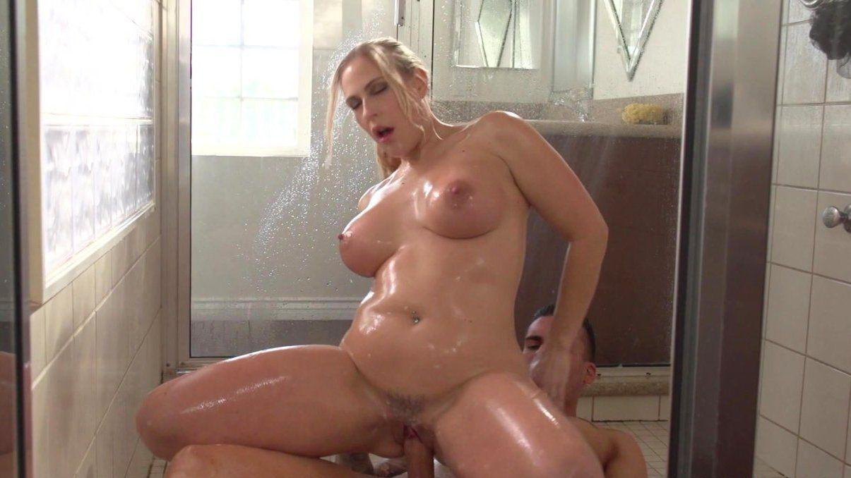Hot porn star bald pussy