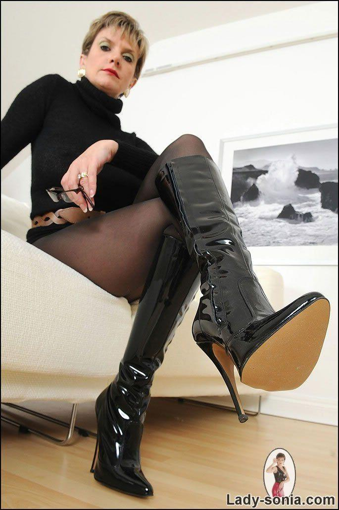 Tgp xxx mistress thigh boot gallery